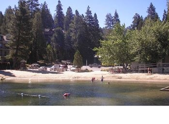 Beach Club Members Enjoy All The Benefits Of General Membership Plus Perfect Blend Mountain Living With It S Lake Arrowhead